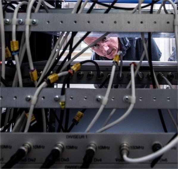 Câbles de distribution des signaux des…