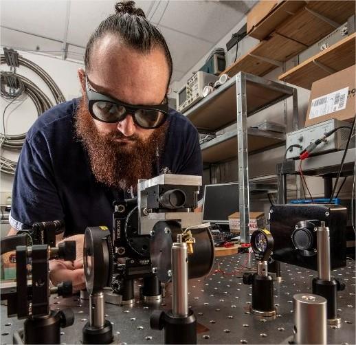 Expérimentation optomécanique visant à exciter un…